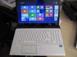 PC PORTABLE SONY SVE151J11M