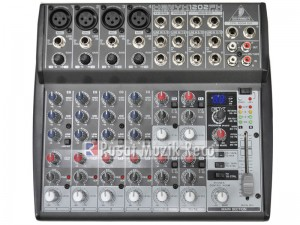 table de mixage xenyx 1202