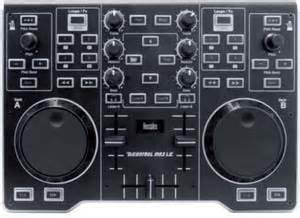 achat controleur dj hercules deejay djcontrol mp3 le d. Black Bedroom Furniture Sets. Home Design Ideas