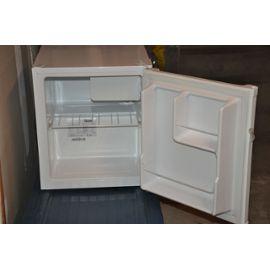 novidom frigo table de cuisine. Black Bedroom Furniture Sets. Home Design Ideas