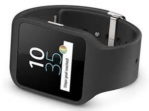 achat montre sony smartwatch 3 d 39 occasion cash express. Black Bedroom Furniture Sets. Home Design Ideas