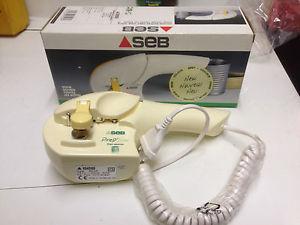 Achat ouvre boite electrique seb prep line 200 d 39 occasion cash express - Ouvre boite electrique moulinex ...