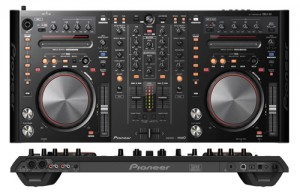 achat controleur dj pioneer ddjs1 d 39 occasion cash express. Black Bedroom Furniture Sets. Home Design Ideas