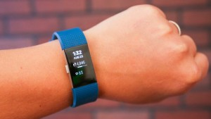 MONTRE CONNECTEE FITBIT CHARGE 3